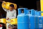 Giá gas gương mẫu giảm: Đắng lòng nhìn giá xăng